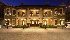 4-1-sinan-mansion-at-night