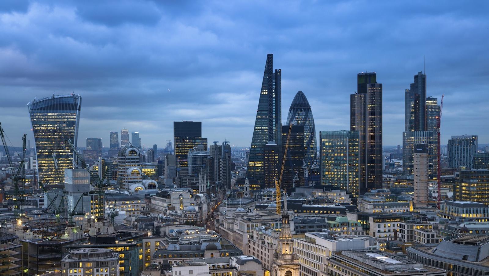 london_skyline pas toucher copy 4